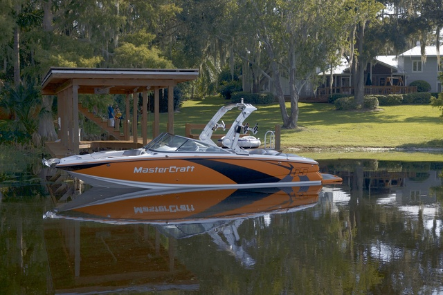 New 2012 Mastercraft Boats X55 Ski and Wakeboard Boat Photos- iboats.com