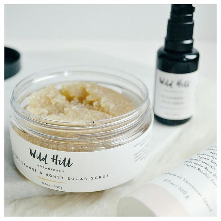 Now #ontheblog, a closer look at @wildhillbotanicals and a few of their skincare products! Click on the link in bio to read about my experience with their products and find out how you can get a discount on one of them! ;)