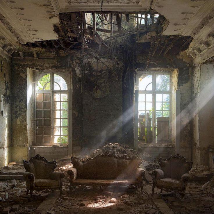 Palat in ruina, Belgia