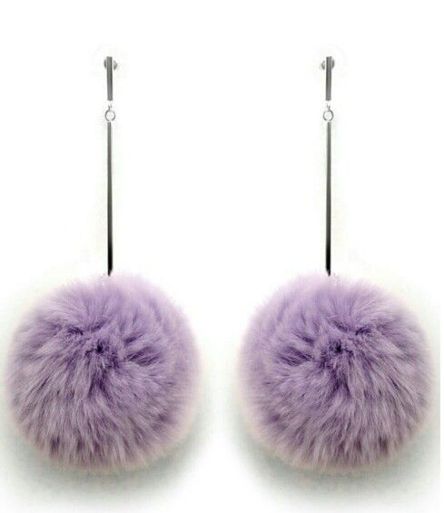 Pom pom earings
