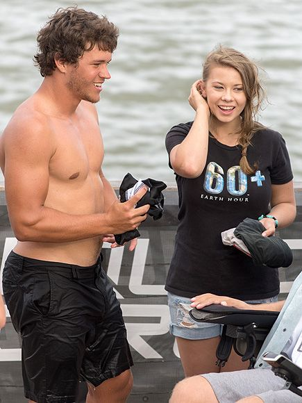 Dancing with the Stars Champ Bindi Irwin and Boyfriend Chandler Powell Go Wakeboarding http://www.people.com/article/dwts-bindi-irwin-wakeboards-boyfriend