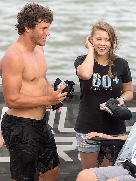 Dancing with the Stars Champ Bindi Irwin and Boyfriend Chandler Powell Go Wakeboarding http://www.people.com/article/dwts-bindi-irwin-wakeboards-boyfriend