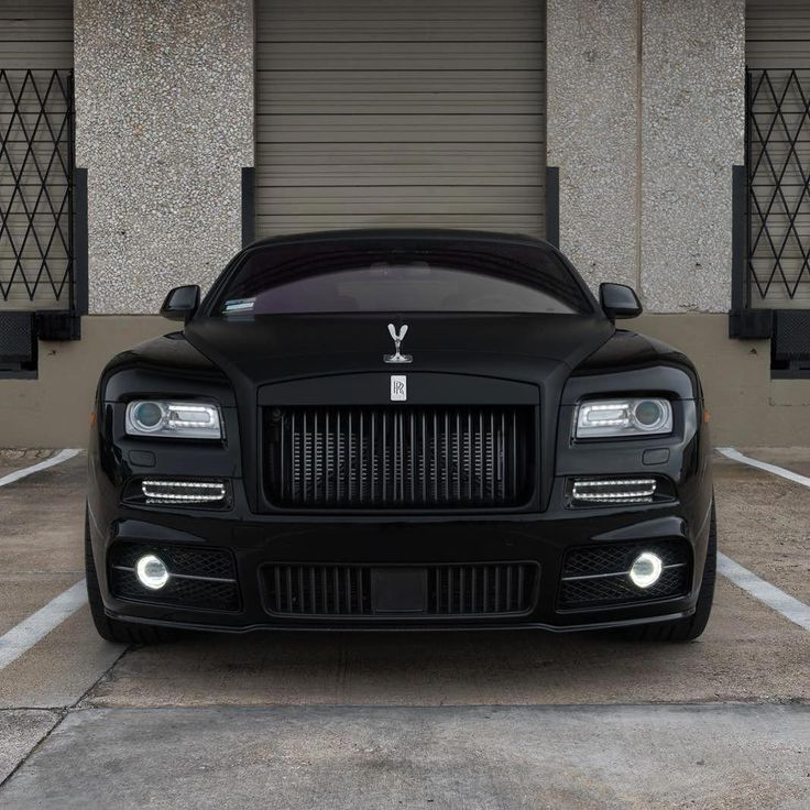 Rolls. #starwoodmotors  #rollsroyce #rolls #luxury #cars #LuxurySportsCars