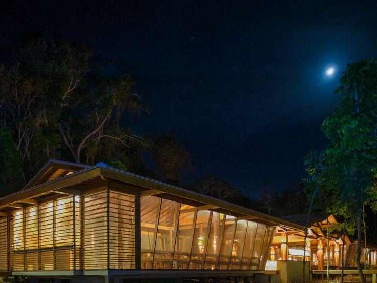 Luxo é poder conectar-se com a natureza de forma despreocupada, admirar a biodiversidade brasileira e contar com confortos essenciais no Cristalino Lodge!