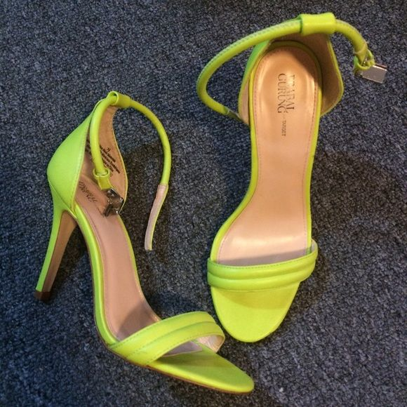 PRABAL GURUNG NEON SANDALS Only worn 3x still in great condition. Just sitting in my closet because I barely wear color... Someone please take these and put them to good use. Prabal Gurung Shoes Sandals