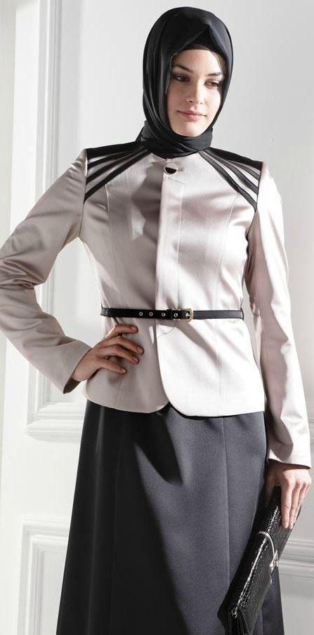 gri-ceket-siyah-etek-tesettur-modasi
