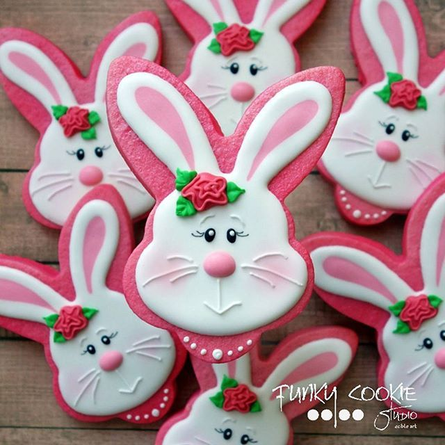 Pink Easter bunny cookies with flower