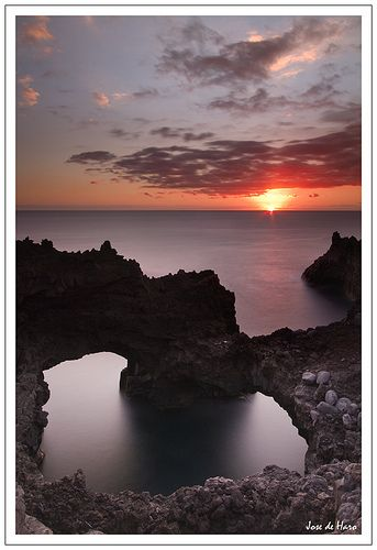 Sunset, Gran Canaria, Spain http://www.travelandtransitions.com/destinations/destination-advice/europe/outdoor-adventure-gran-canaria/