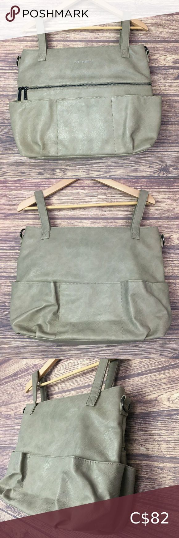 The Honest Co. Travel Maternity Baby Diaper Bag Women's The Honest Co. Travel Maternity Baby Handbag Diaper Tote Bag. Featuring 1 interior insulated pockets and 6 exterior pockets. Color Gray. Excellent like new condition. See photos for full details.  Measurements:    Overall Length: 14