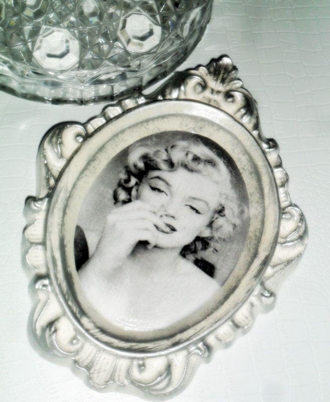 Marilyn Monroe Art - Marilyn Monroe decor - Wall Art - by WingsOfDream on Etsy