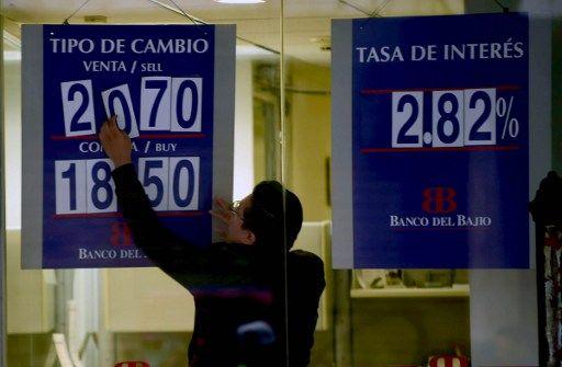 Peso mexicano se desploma tras gane de Trump