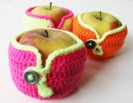 Gehaakt appel jasje  www.buitendelijntjes.com