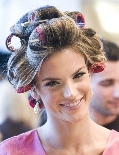 Epitome of great hair: Victoria's Secret models. Alessandra Ambrosio with rollers (copy the pattern)