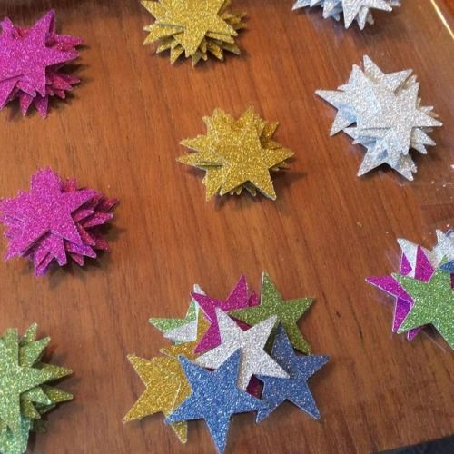 💗💜💛💚💙 Glitter stars for cupcake toppers  #stars #offcuts #crafttherainbow #caketoppers #glitter #wip