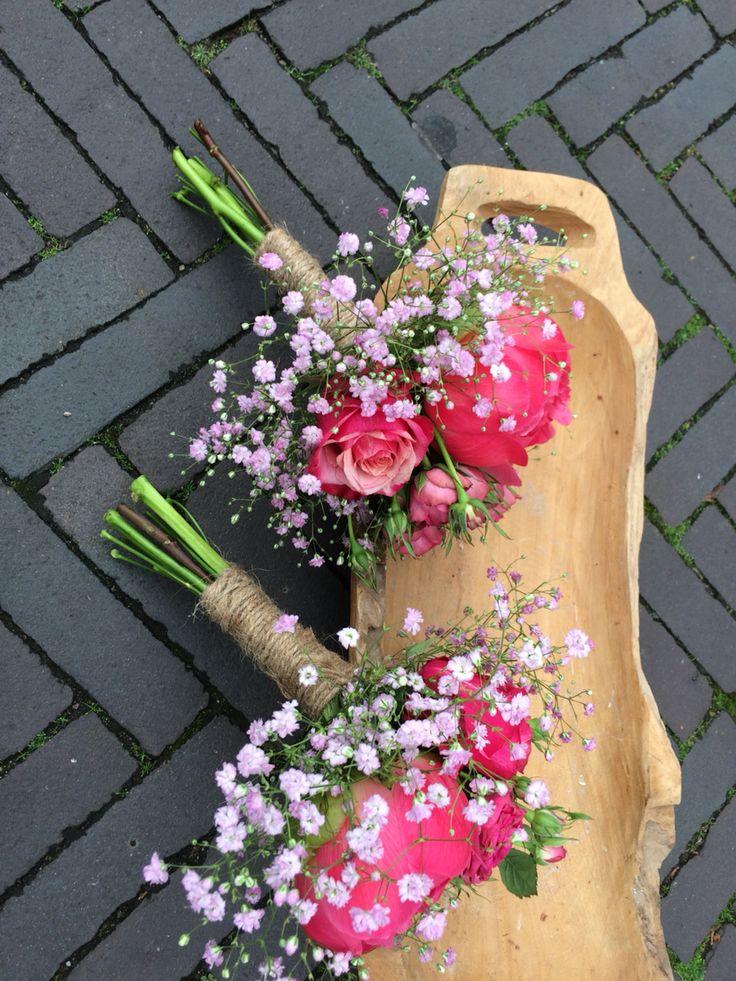 Mini boeketjes voor bruidsmeisjes