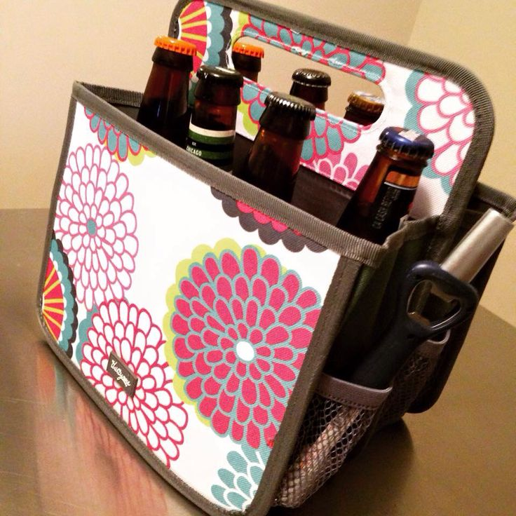 Beer cady Thirty one's double duty caddy