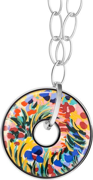 Freywille's refreshing orangery and water lily motifs on jewellery - fig.: 'Giverny' pendant of the 'Hommage à Claude Monet' collection by Freywille, June 2014. 'Giverny' is one of three new design lines of the collection which pays tribute to French impressionist Claude Monet, the blooming gardens of the Normandy and the painter's water lily motifs. Photo: (C) Freywille.