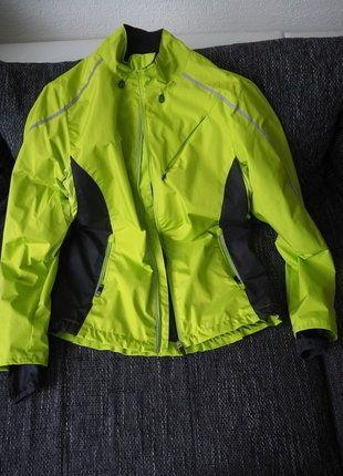 Kupuj mé předměty na #vinted http://www.vinted.cz/damske-obleceni/svrsky/16898782-sportovni-vetrova-bunda-s-reflexi
