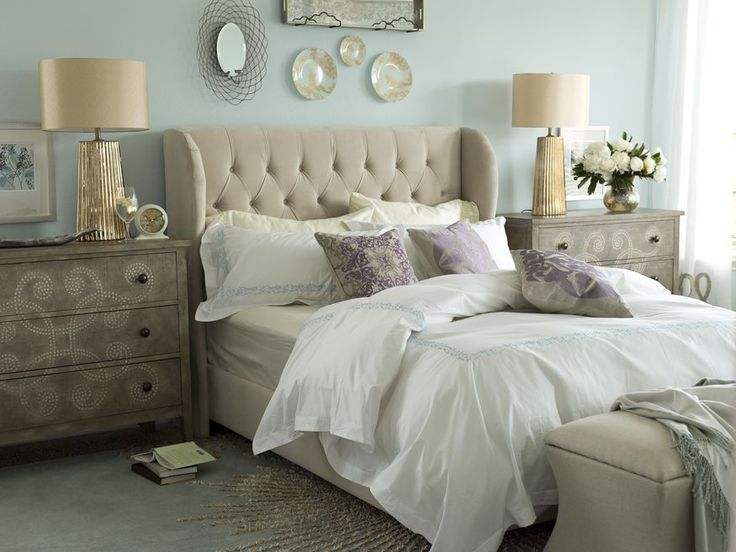 Contemporary Bedroom - Love The Colour