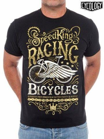 Voor dit retro cycling t-shirt heeft Cycology zich laten inspireren door L'Eroica foto's, vintage racefietsen en retro wielrenners. SpeedKing Racing Bicycles.