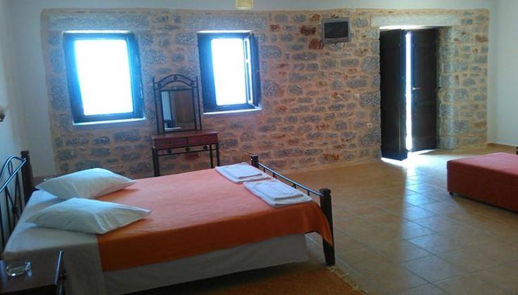 Χριστούγεννα & Φώτα στο Οίτυλο Μάνης, στο Onar Mani Suites μόνο με 199€!!