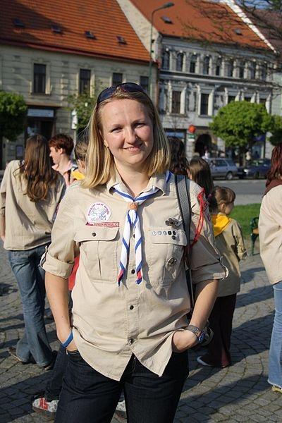 File:Girls scout leader in uniform in Třebíč, Czech Republic.jpg