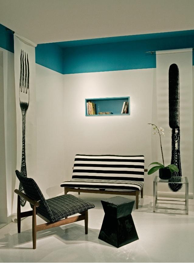 The stripes, the art, the color block...: Interiors Designmoderneuro, Interiors Design Modern Euro, Colors Impact, Kitchens Knives, Interiors Design Decor, Kitchens Knifes, Forks Wall, Colors Oooh, Colors Blocks