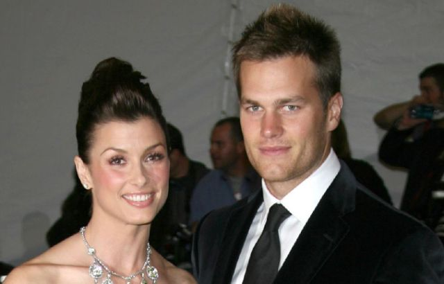 Nonverbal Communication Analysis No. 3183: Tom Brady, Bridget Moynahan, Body Language & Classic Subtle Contempt (PHOTOS)  http://www.bodylanguagesuccess.com/2015/05/nonverbal-communication-analysis-no_14.html