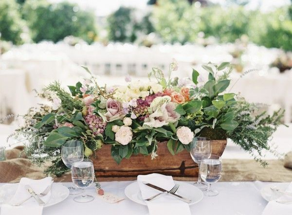 Rustic Centerpiece in Crate | photography by http://braedonphotography.com/