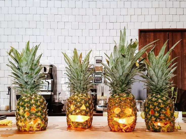 pineapple carving halloween