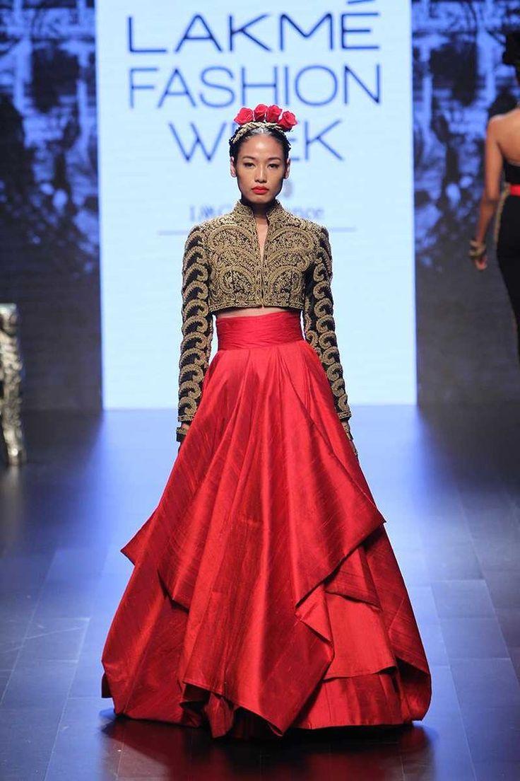 Myra Magazine • Shantanu & Nikhil | Lakmé Fashion Week A/W 2016 • http://www.myramagazine.com/home/2016/9/6/shantanu-nikhil-winter-festive-2016
