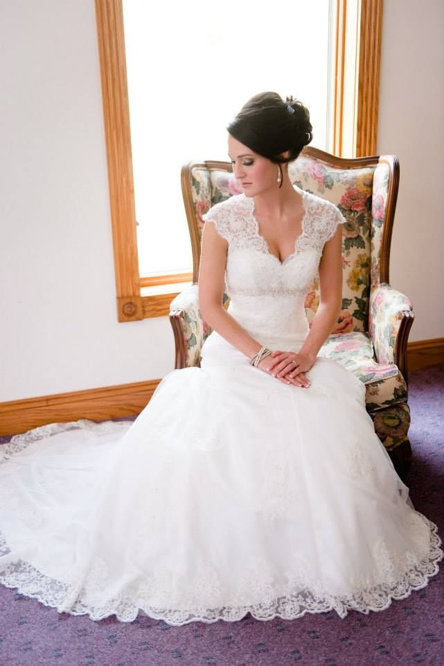Vintage Wedding Dress  Cap Sleeve Lace Over Satin Gown With Illusion Back  Style 9T3299