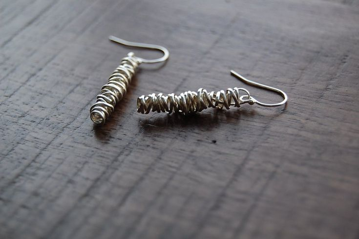 Dianne Roger Twisted Earring - Small