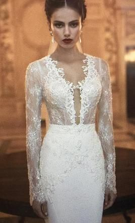 Berta  14-03: buy this dress for a fraction of the salon price on PreOwnedWeddingDresses.com