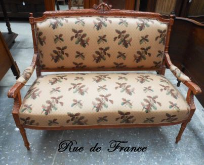 FRENCH ANTIQUE LOUIS XVI STYLE SETTEE UPHOLSTERED SOFA