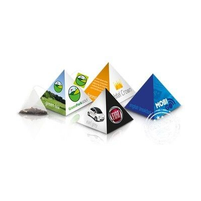 This striking, small pyramid packaging can be completely customized (full colour) in your own design. The PyramidBox Mini (4,5x4,5x5 cm) contains one pyramid pouch with first class LoyalTea® of your choice and has a LoyalTea tag (from 15.000 pyramids with your own tea tag). Flavours: Black Tea with Blueberry, Green Tea with Mango, Rooibos with Vanilla, Green Tea, Earl Grey, Green Tea with Mint, English Tea, Forest Fruit. 3 Week lead Time.