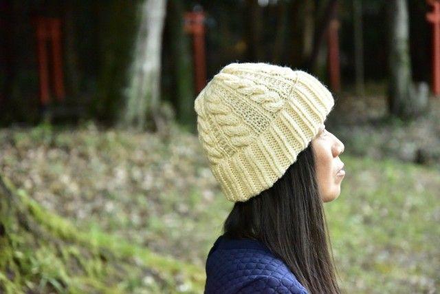 アラン編み手編み帽子(オフホワイト) - Knitya