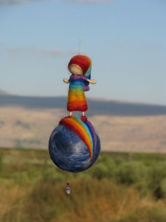 Aguja de fieltro Waldorf inspirado Rainbow elf por Made4uByMagic
