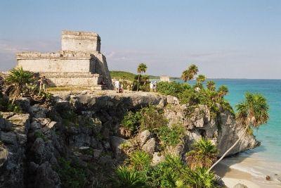 Les Mayas, les Incas et les Aztèques - TULUM, le seul port maya connu.