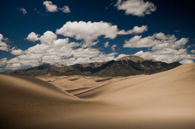 Great Sand Dunes NP, Colorado: Sands Dune Colorado, Dune National, Beautiful Places, Divine Dune, Meeting Dune, Sands Dunes, Dunes Np, Dune Np, Great Dune Colorado