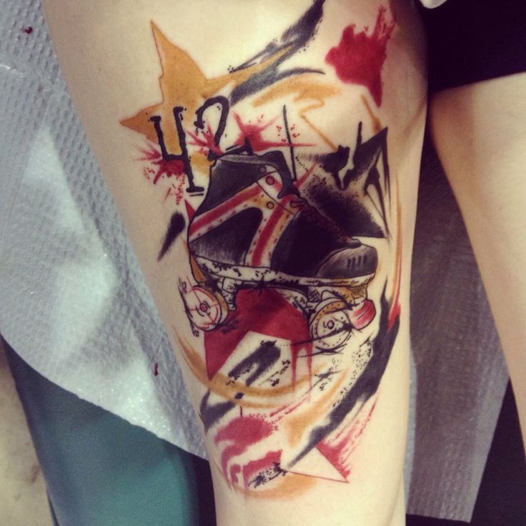 One of the coolest derby tattoos I've seen! Anyone know the canvas/artist? The style almost reminds me of Amanda Wachob's style.