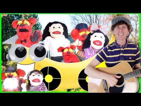 Family Song For Children | 7 Family Member Names | Learn English Kids - YouTube