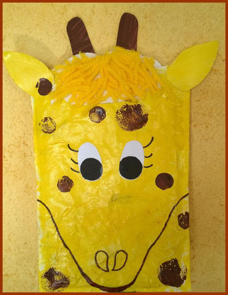 Girafe réalisée avec une enveloppe rectangulaire