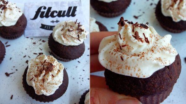 Kakaové cupcakes s ricottovým krémem