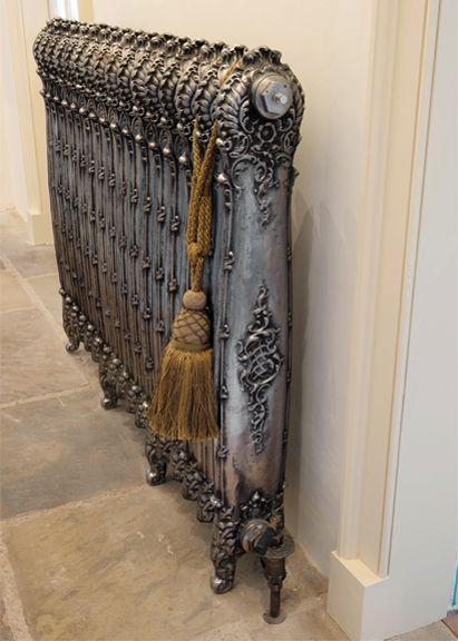 Antoinette cast-iron radiator