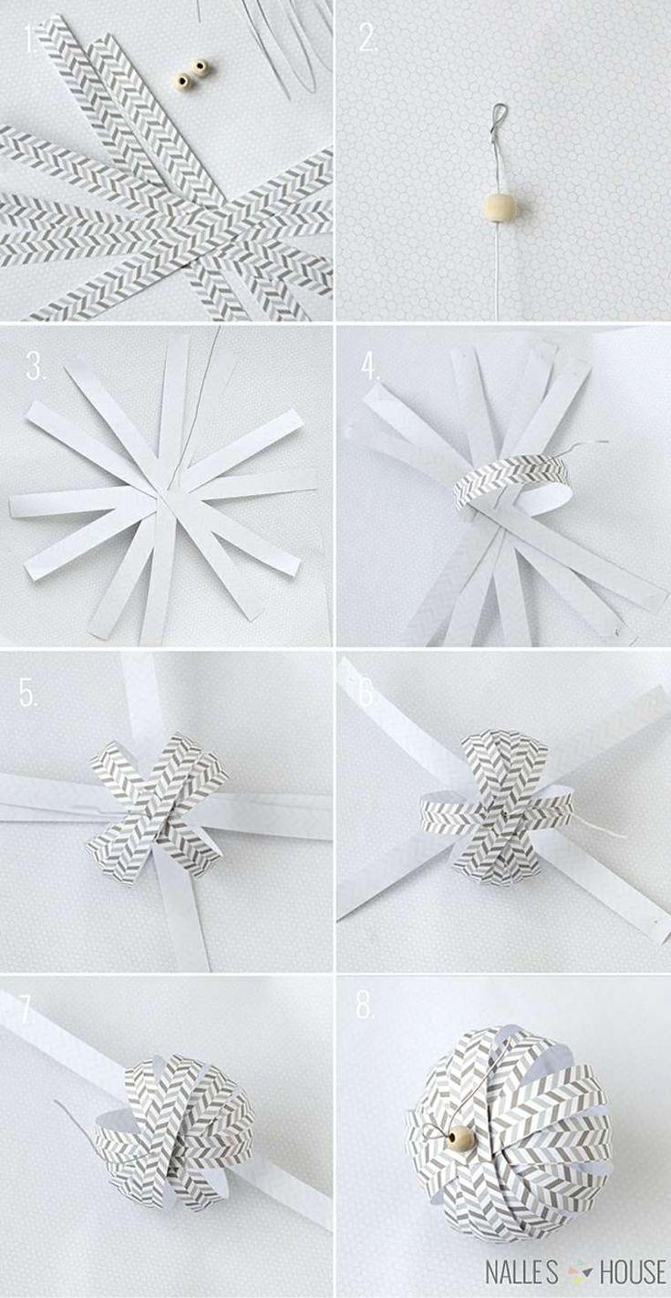 Boule de Noël en papier originale