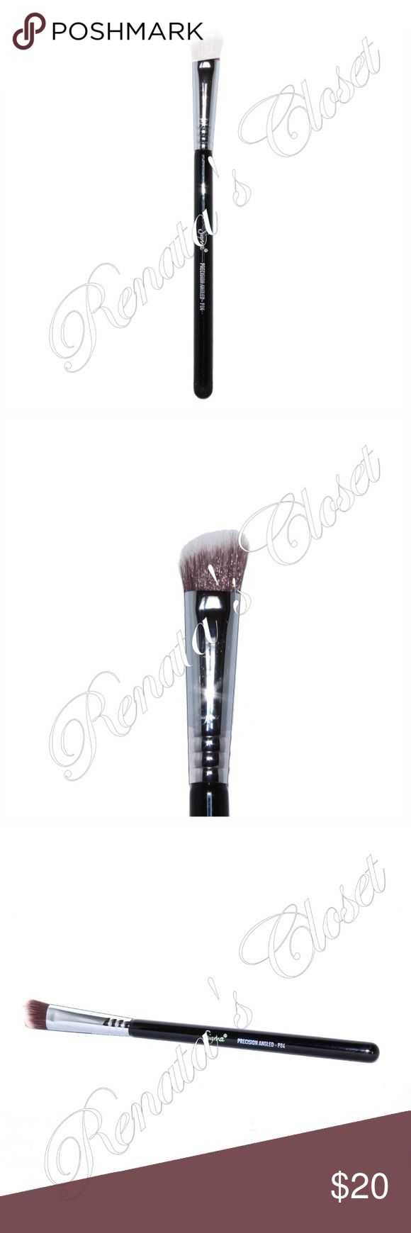 "Sigma Full-Sized Precision Angled Brush (P84) Small, dense & angled brush head. Designed to mimic your fingertips & great for applying contour shades to apply to the hollows of the cheeks & sides of the nose w/o any absorption of product.   * UPC # 819430016259 * color - CHROME SELECTED * handle made from a lightweight, sustainable source of wood w/c receives 8 coats of paint for scratch resistance & guaranteed to last * 7 3/16"" * photos are of the actual item * smoke-free home * will be…"