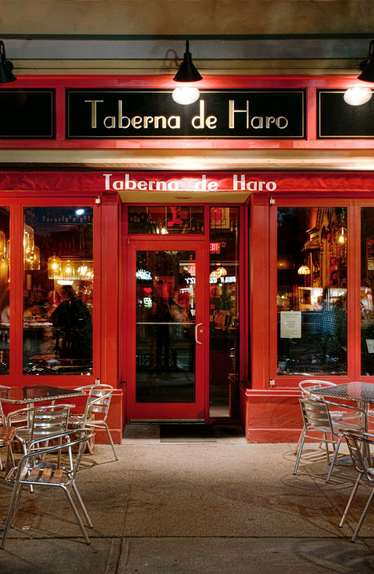 Authentic Spanish Cuisine Meets One Of The Country S Largest Spanish Wine Lists At This Perennial Favorite Wheretoeat Food Wine We100bestrestos