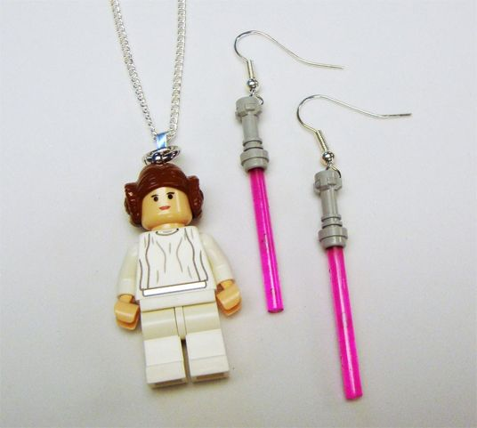Love this lego jewelry. What's wrong with me!!! ;)