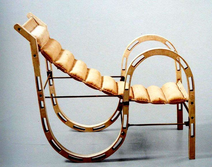 Gray's Folding Lounge Chair, Open. Designed For Her 'Tempe à Pailla.' Late 1920s Early 1930s.......